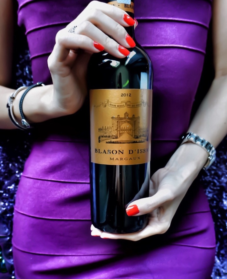 Chateau D'Issan girl meets wine Bordeaux